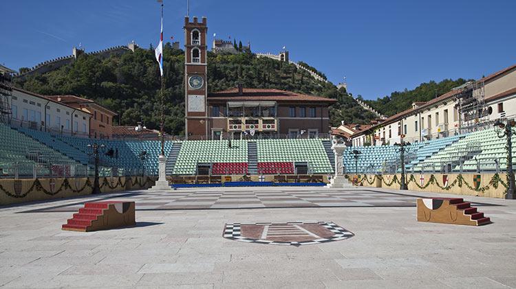 Live Chess Match in Marostica