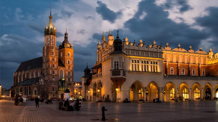 Memorial Day Weekend in Boleslawiec and Krakow, Poland